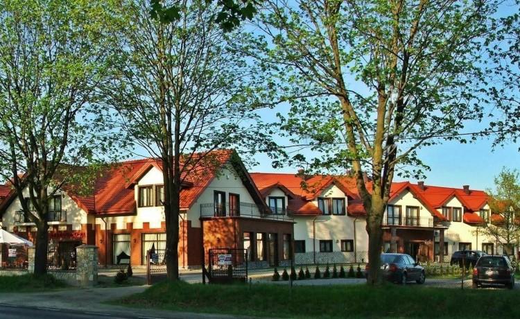 Hotel *** Hotel & Restauracja Podzamcze  / 0