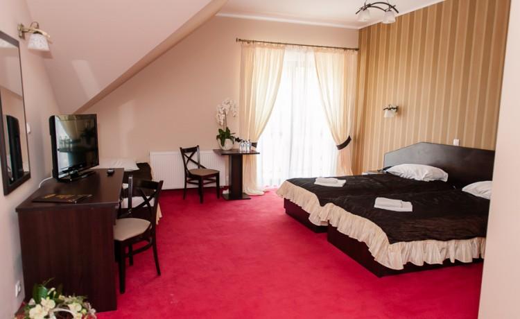 Hotel *** Hotel & Restauracja Podzamcze  / 2