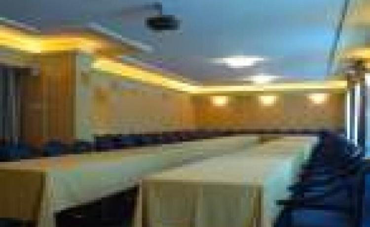 zdjęcie sali konferencyjnej, Kompleks Wczasowo - Sanatoryjny SANDRA SPA w Pogorzelicy, Pogorzelica