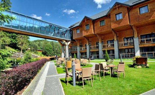 Hotel **** Hotel Czarny Potok Resort SPA & Conference / 0