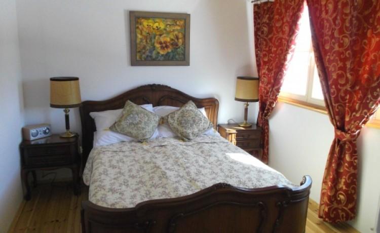 zdjęcie pokoju, Dwór Strzyżew, Kampinos