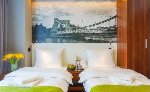Hotel *** Terminal Hotel / 9