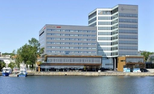 Hotel **** Courtyard by Marriott Gdynia Waterfront / 0