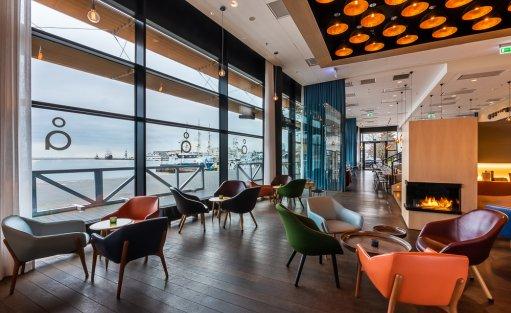 Hotel **** Courtyard by Marriott Gdynia Waterfront / 16