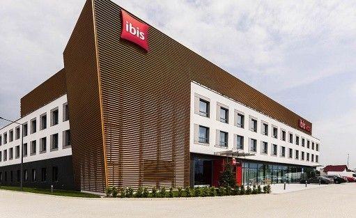 Hotel ** ibis Poznań Północ / 0