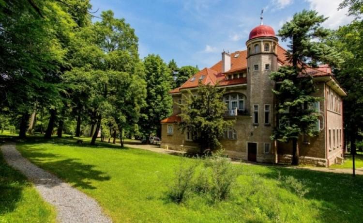 zdjęcie obiektu, Hotel Dębowy, Bielawa