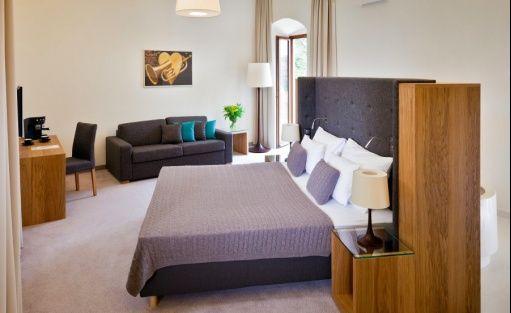 Hotel SPA Uroczysko Siedmiu Stawów Luxury Hotel / 7