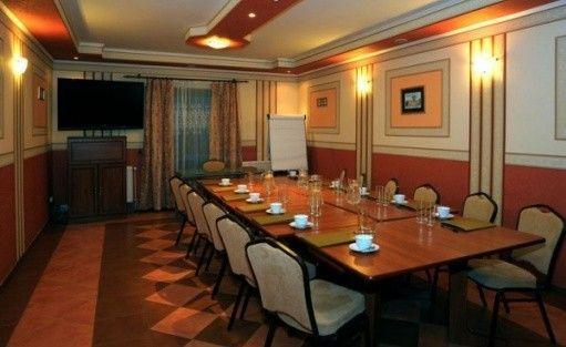 zdjęcie sali konferencyjnej, Willa Sandra, Stronie Śląskie