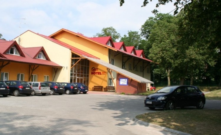 Mickiewiczowskie Centrum Turystyczne w Żerkowie