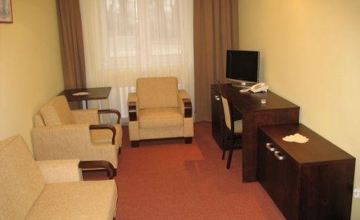 zdjęcie pokoju, Mickiewiczowskie Centrum Turystyczne w Żerkowie, Żerków
