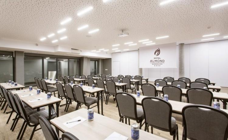 Hotel **** Hotel Almond Business & SPA ****  / 14
