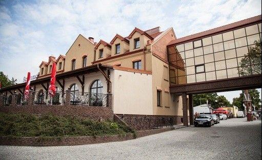 Hotel **** Hotel Stara Gorzelnia / 0