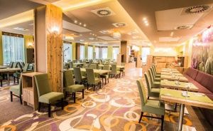 Mineral Hotel Malinowy Raj Hotel **** / 0