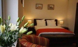 Hotel Flora Hotel *** / 0
