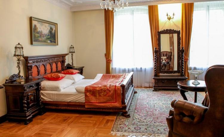 Pałac Pałac Sulisław / 10