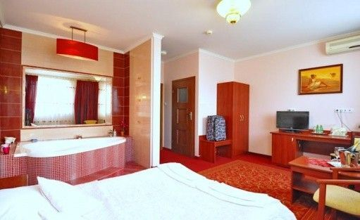 Hotel *** Hotel Chabrowy Dworek / 10