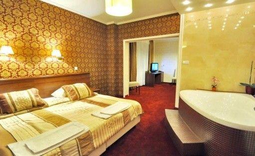 Hotel *** Hotel Chabrowy Dworek / 8