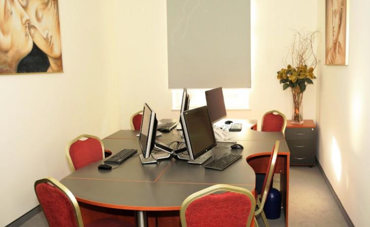 Obiekt konferencyjny Business Center 1 / 0