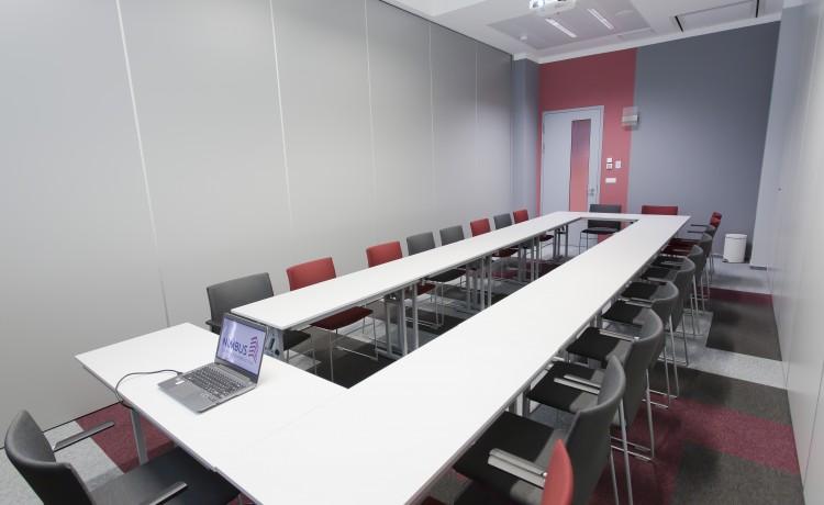 Centrum szkoleniowo-konferencyjne Centrum Konferencyjne NIMBUS / 4