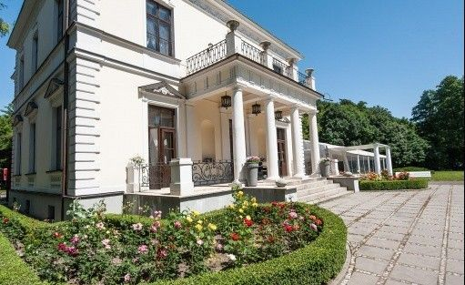 Pałac Pałac Rozalin / 0