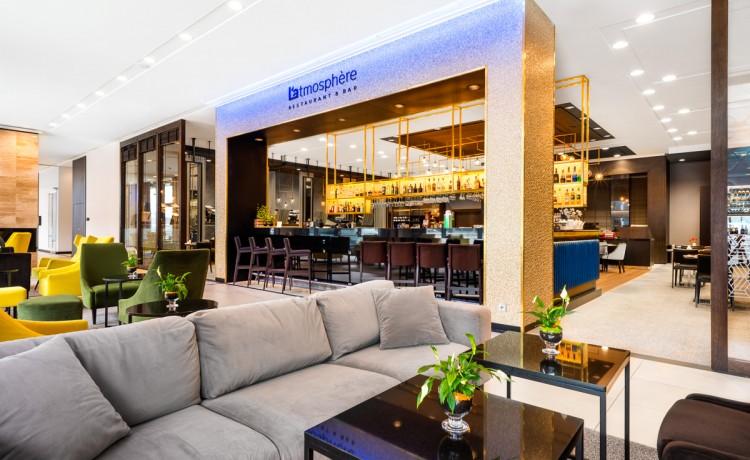 Hotel **** Hilton Garden Inn Krakow Airport / 1