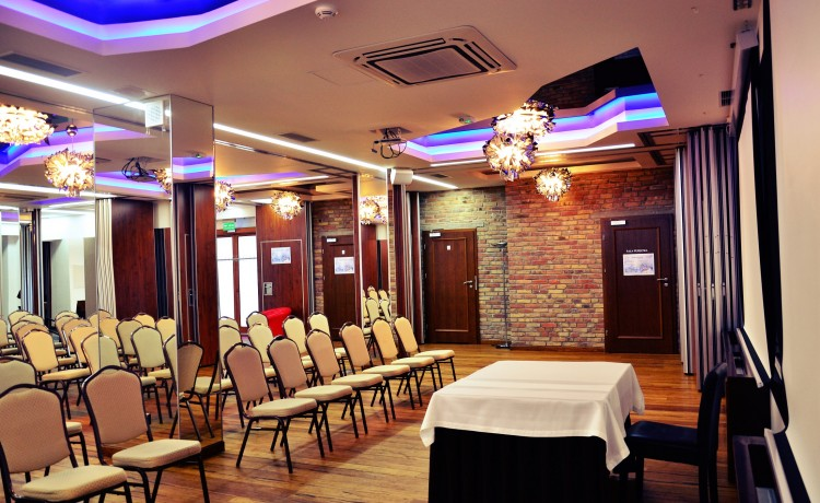 Hotel *** Agit Hotel Congress & Spa / 9