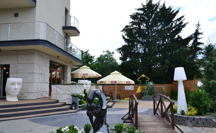 Hotel *** Agit Hotel Congress & Spa / 0