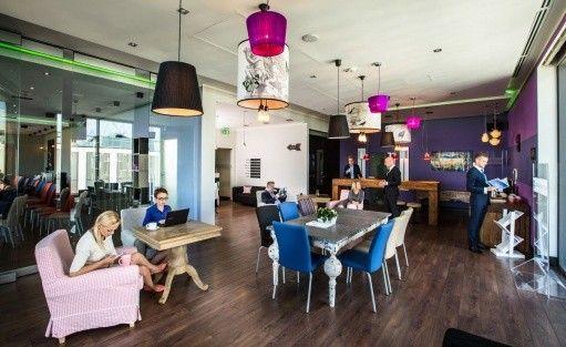 Inne Olivia Business Centre / 12