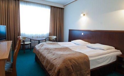 Hotel *** Hotel Ambasador Chojny / 11
