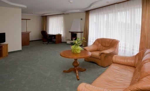 Hotel *** Hotel Ambasador Chojny / 8