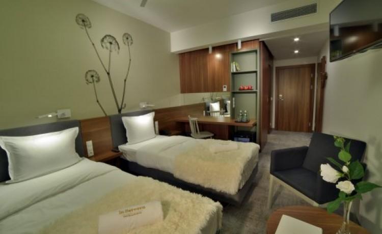 Hotel **** In Between Hotel / 11