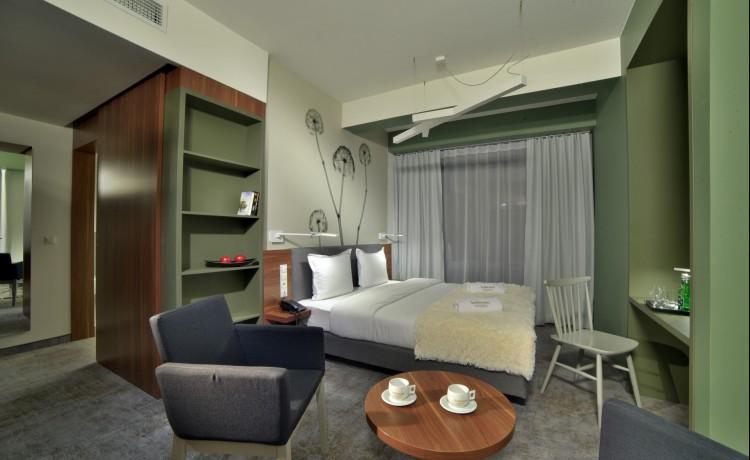Hotel **** In Between Hotel / 9