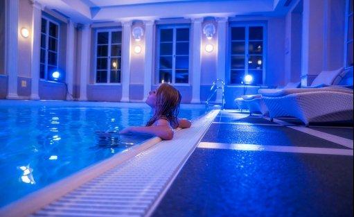 Hotel **** Hotel Pałac Alexandrinum / 0