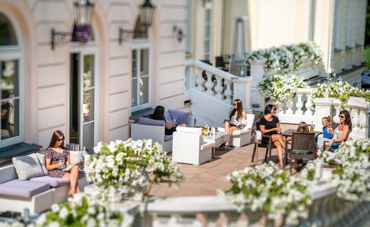 Hotel **** Hotel Pałac Alexandrinum / 2