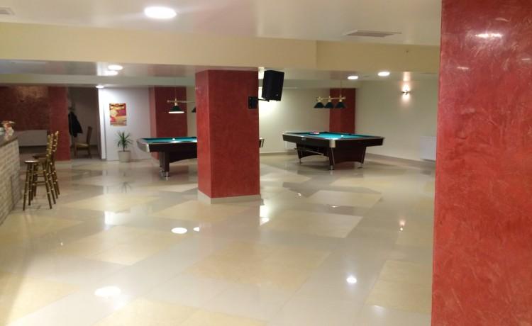 Hotel *** Hotel Restauracja President / 3