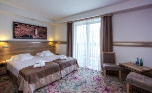 Hotel**** & SPA Czarny Groń  Hotel **** / 4