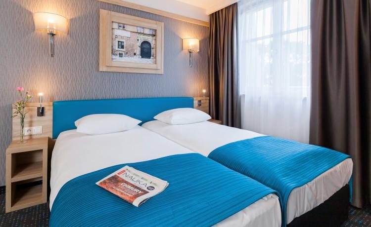 Hotel *** Hotel Legend / 24