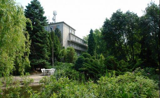 """Inne Centrum Szkoleniowo Konferencyjne KZRS """"SCh"""" / 1"""