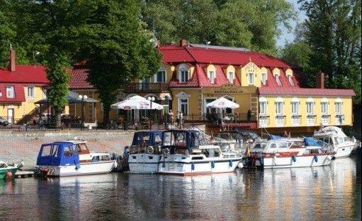 """Hotel *** Hotel Restauracja """"Dom nad rzeką""""  / 3"""