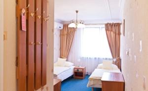 """Hotel Restauracja """"Dom nad rzeką""""  Hotel *** / 4"""