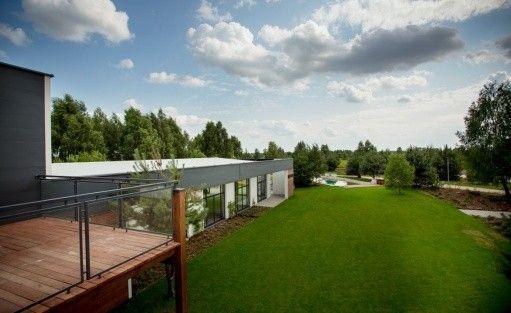 Centrum szkoleniowo-konferencyjne Villa Omnia / 1