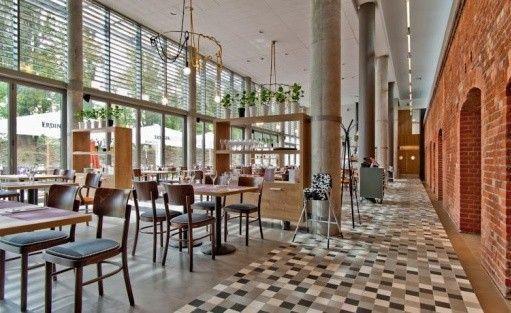 Hotel *** Hotel ForZa / 21