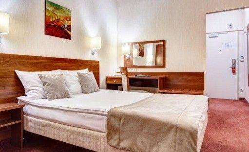 Hotel *** Hotel Metropol / 3