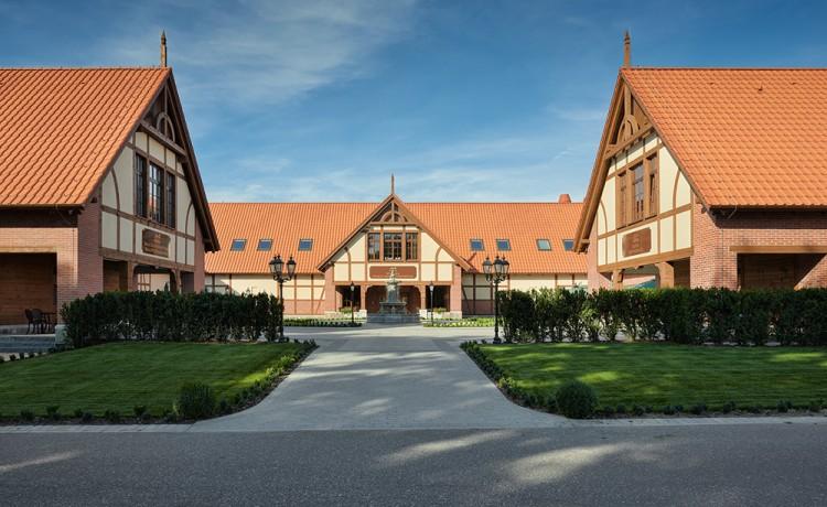 Pałac Hotel Poledno  / 2
