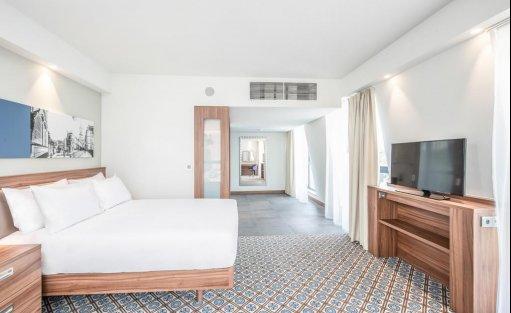 Hotel *** Hampton by Hilton Oświęcim / 19