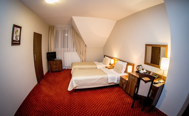 Hotel *** Hotel Kantoria / 7