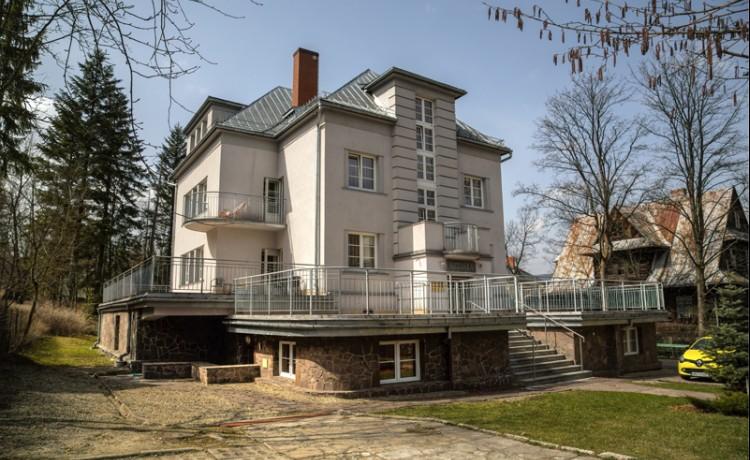 Villa Astoria Willa Literatów / 1