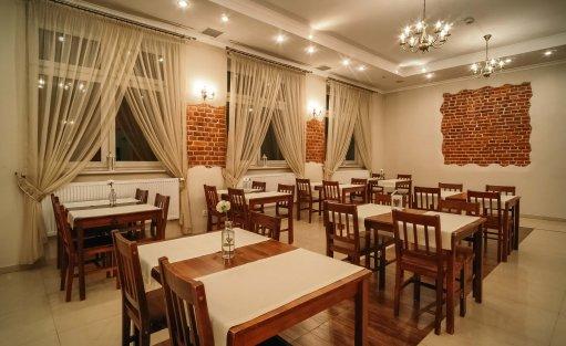 Hotel ** Hotel Dom Polonii  / 36
