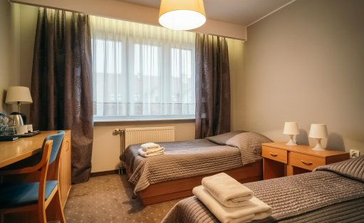 Hotel ** Hotel Dom Polonii  / 25