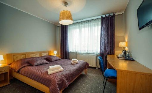 Hotel ** Hotel Dom Polonii  / 24